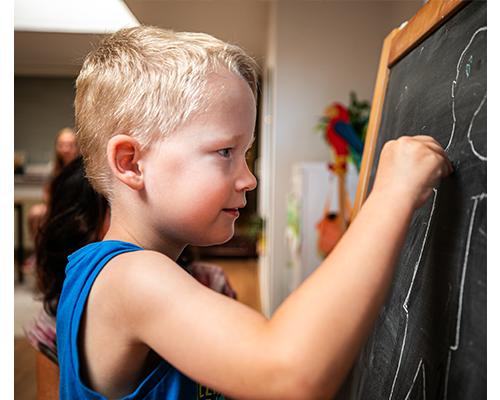 Mejella ondersteunt kinderen van 4 tot 12 jaar